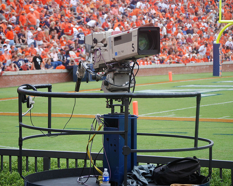 SPFL Should Be Eyeing Up Top TV Deal!